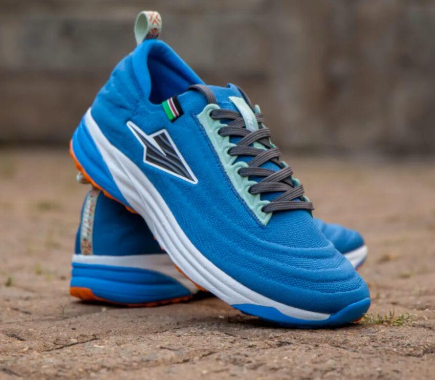 coppia scarpe da running made in kenya enda lapatet da uomo blu