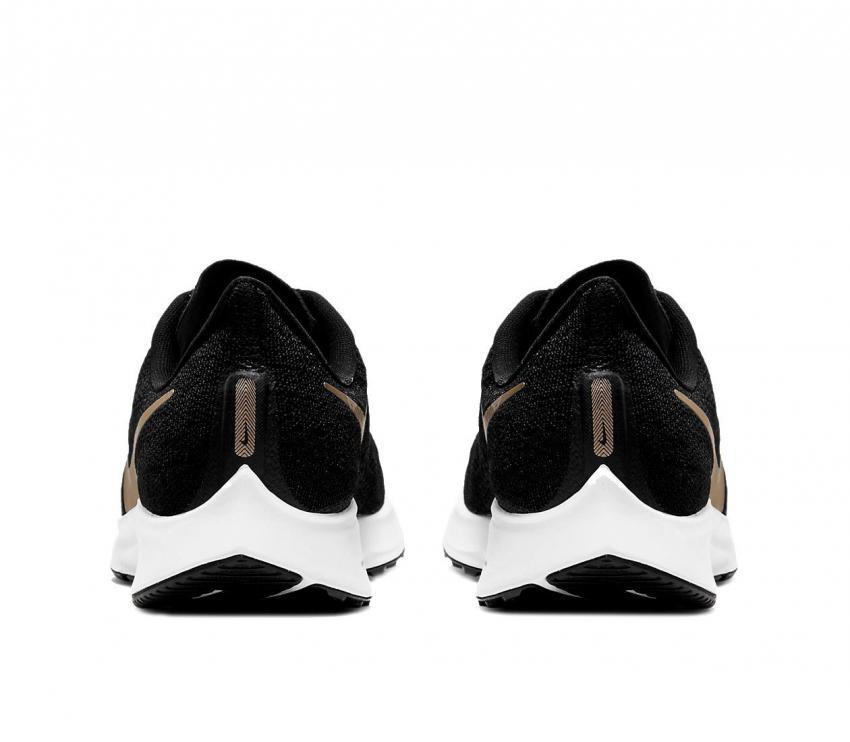 nike zoom pegasus 36 scarpa da running donna nero e oro 008 vista retro