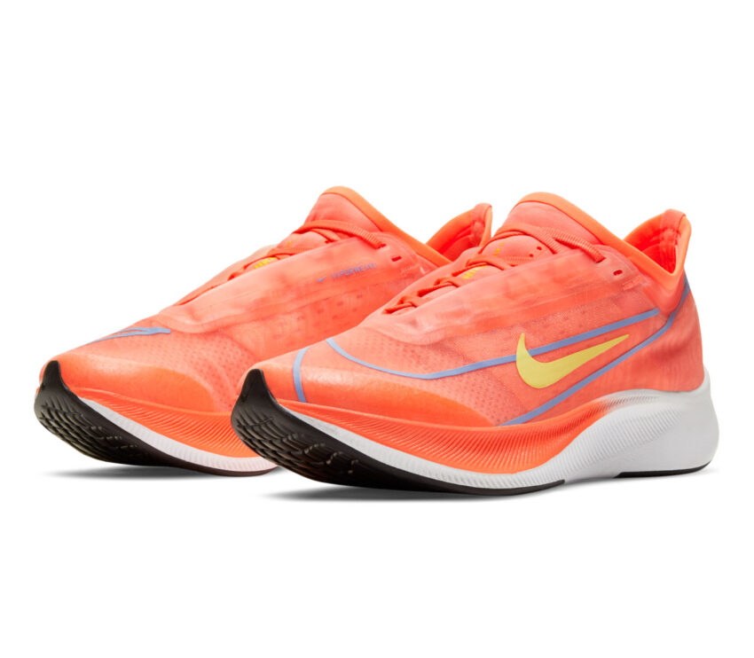 coppia scarpa da running donna nike zoom fly 3 rosa mango