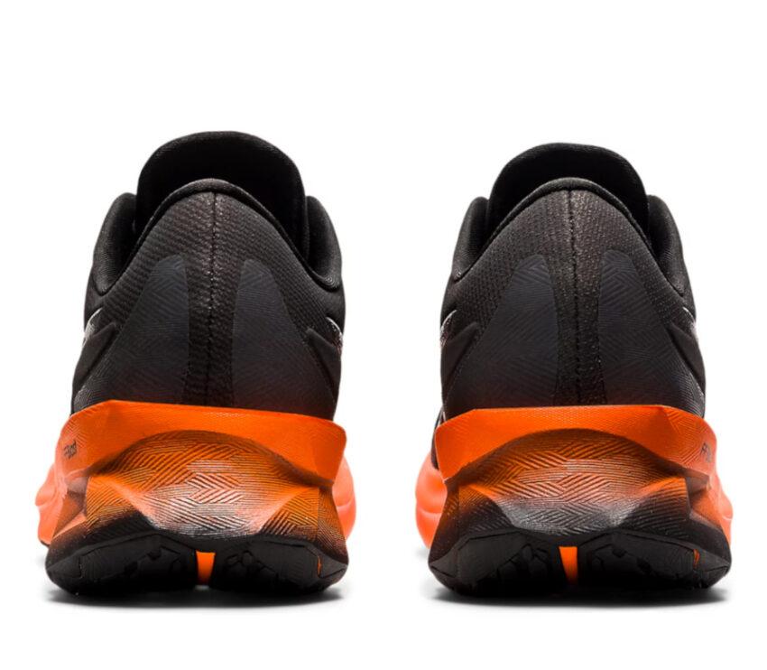 retro scarpe running uomo nere e arancioni