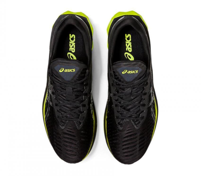 scarpe running uomo asics novablast 1011a681003 viste da sopra