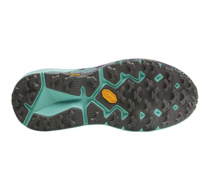 suola scarpe trail running donna hoka one one speedgoat mid wp