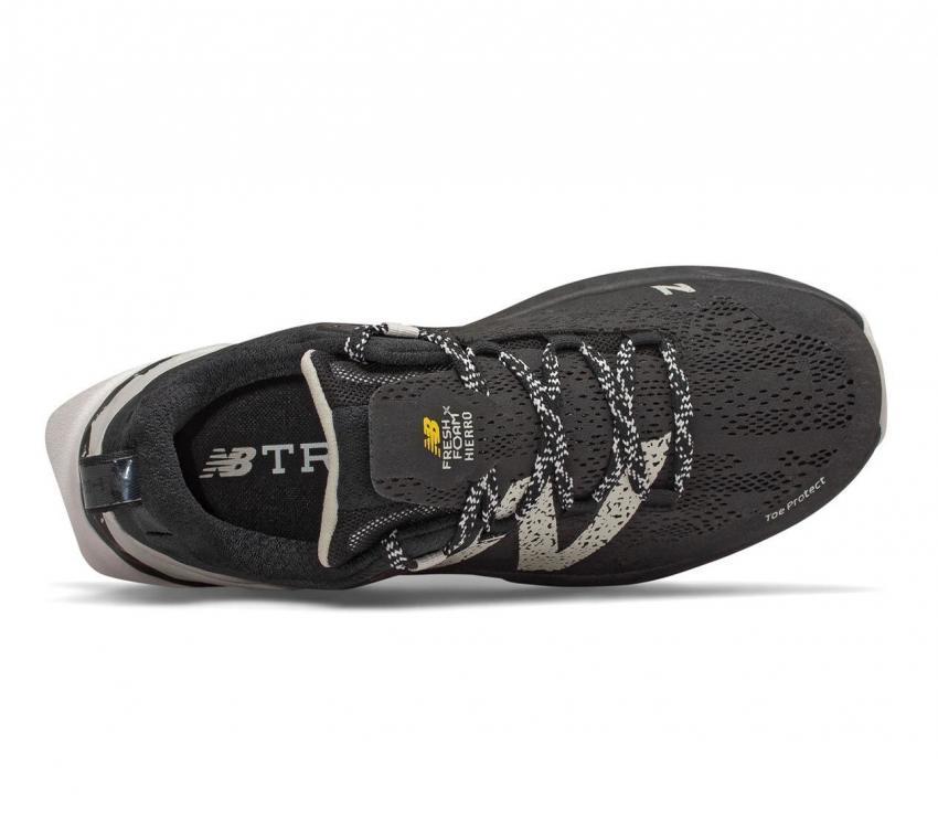 scarpa da trail running uomo new balance hierro vr nera vista dall'alto