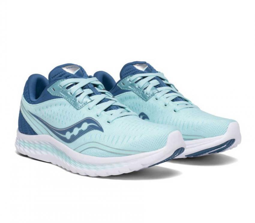 coppia scarpe running donna saucony kinvara 11