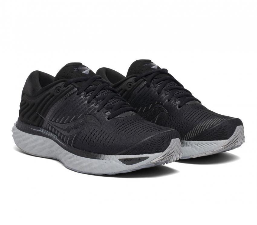 coppia saucony triumph 17 scarpe running uomo nera