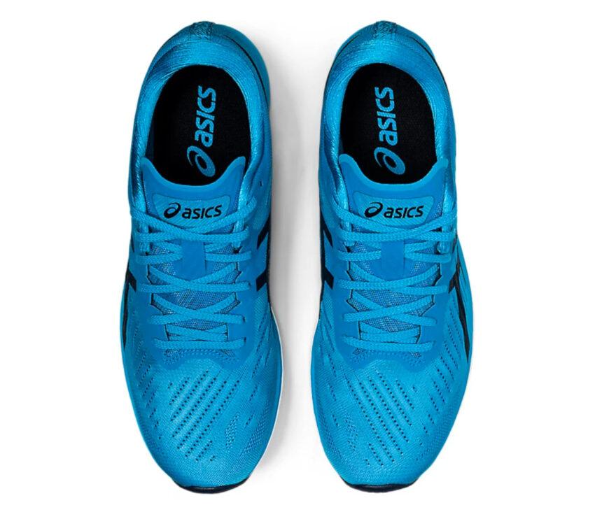 scarpe running veloci da uomo asics metaracer celesti e nere viste da sopra
