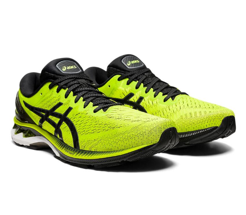 coppia scarpe asics gel kayano 27 da uomo stabili gialle e nere