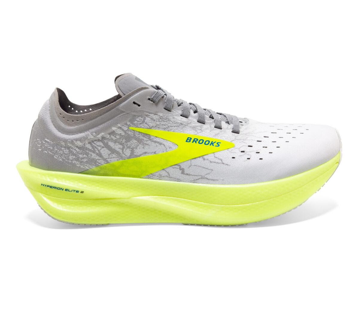 scarpa da running unisex con piastra in fibra di carbonio brooks hyperion elite 2