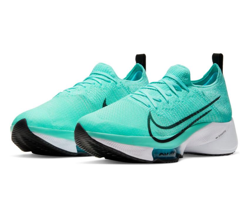 coppia scarpa da running nike tempo next azzurra
