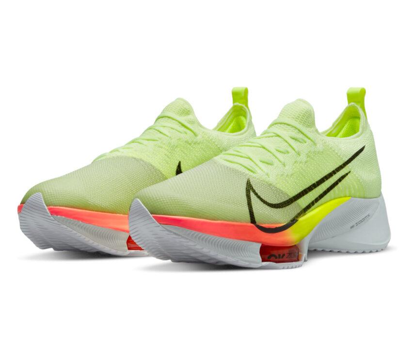 coppia scarpa da running reattiva nike tempo next fluo