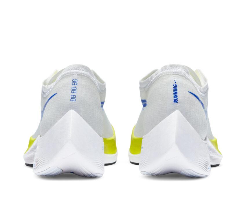 retro scarpa da running fibra di carbonio nike zoomx vaporfly bianca