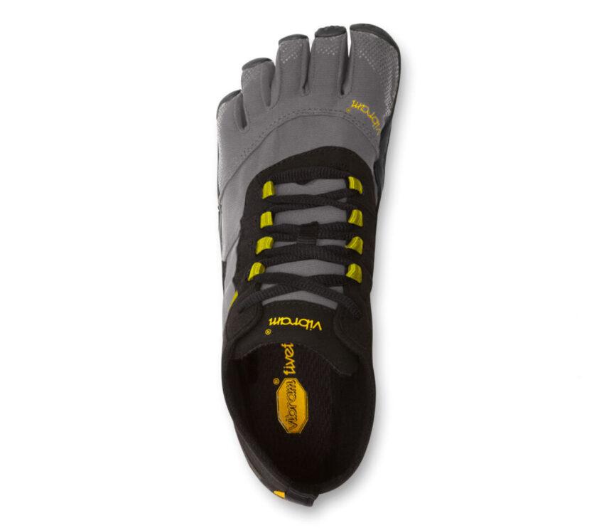 scarpa vibram five fingers v trek running da uomo nera e grigia vista dall'alto