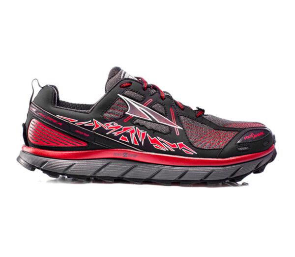 scarpa da trail running per uomo nera e rossa altra lone peak 3.5