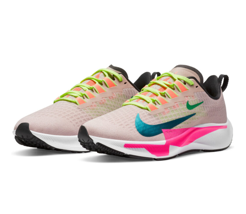 coppia scarpa da running nike pegasus 37 premium multicolored rosa