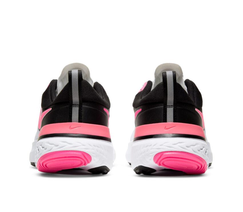 retro scarpa nike react miler donna rosa e bianco