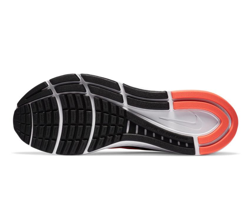 suola scarpa running pronatori nike structure 23 uomo nera e rossa