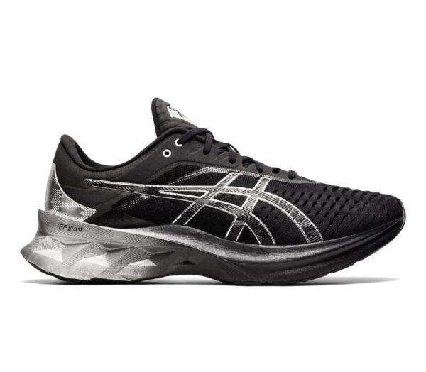 scarpa running uomo asics novablast platinum