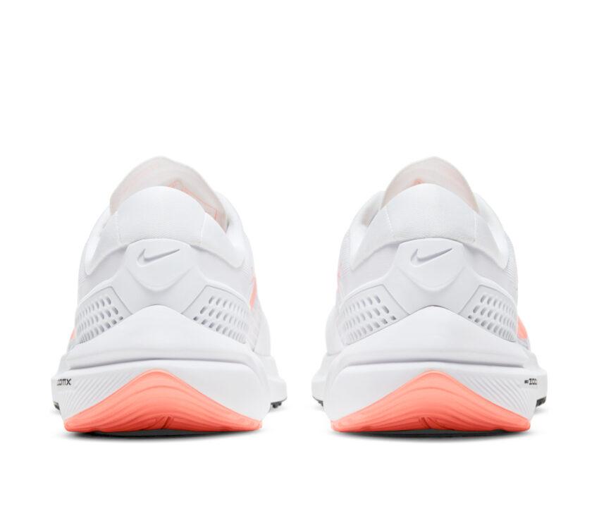 retro nike vomero 15 donna scarpa running bianca e rosa