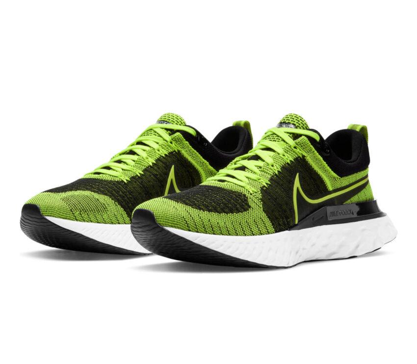 coppia scarpe da running Nike React Infinity Run Flyknit 2 verdi fluo
