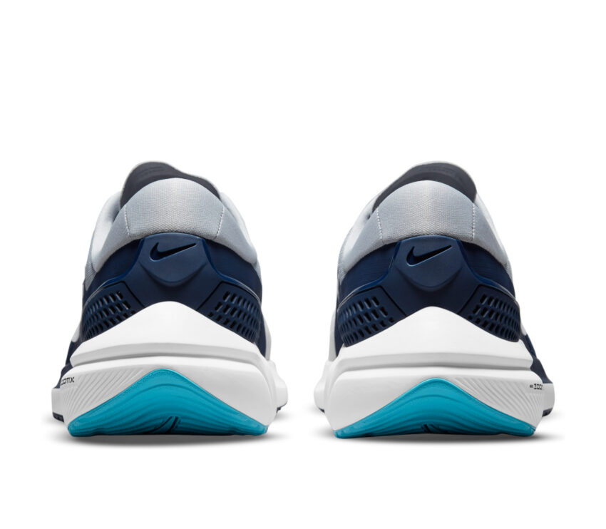 retro scarpa running per pronatori nike vomero 15 blu
