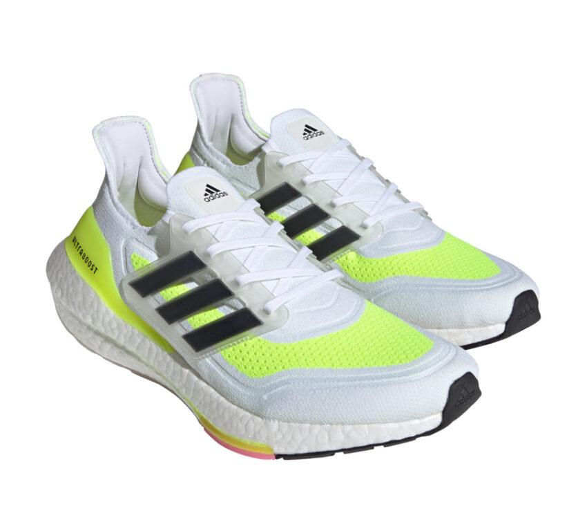 coppia scarpe running adidas ultraboost 21 bianche e giallo fluo da uomo