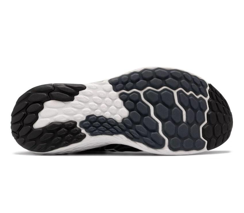 suola scarpe running uomo New Balance 1080 v11 nere