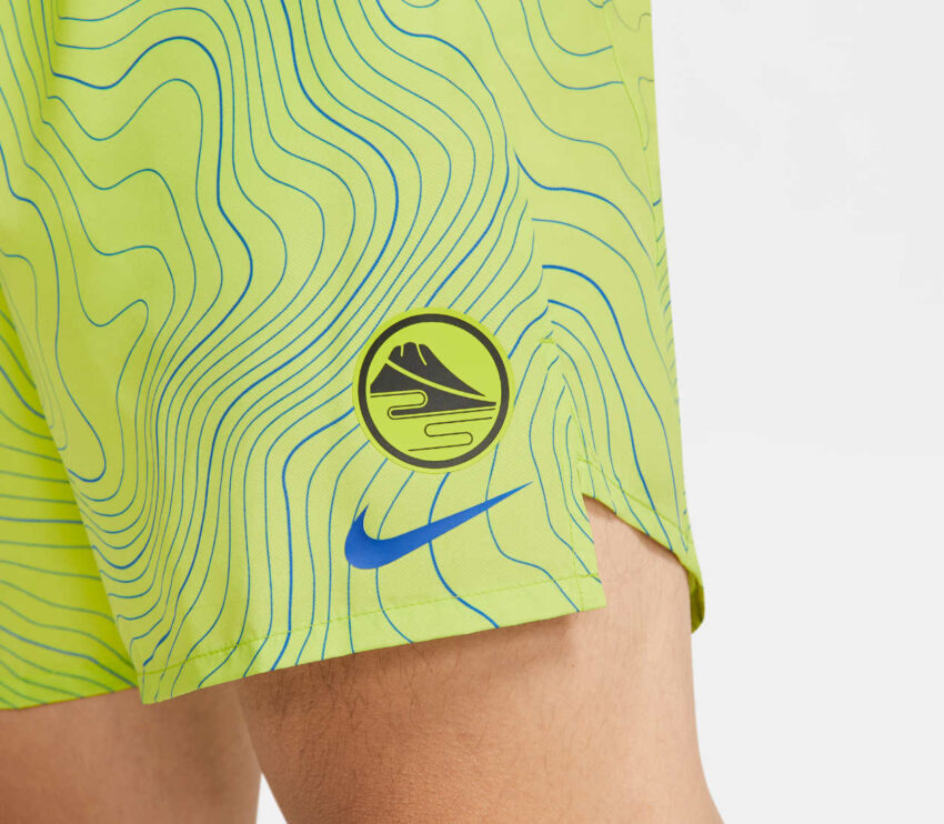 dettaglio pantaloncino da running nike ekiden challenger uomo verde