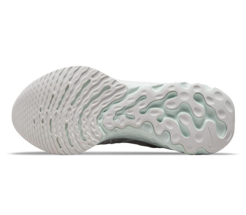 suola scarpa da running donna ammortizzata nike react infinitty run 2 bianca e rosa