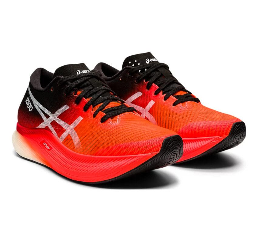 coppia scarpe running veloci donna asics metaspeed sky