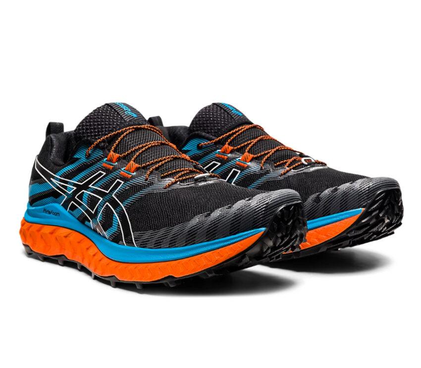 coppia scarpe trail running uomo asics trabuco max