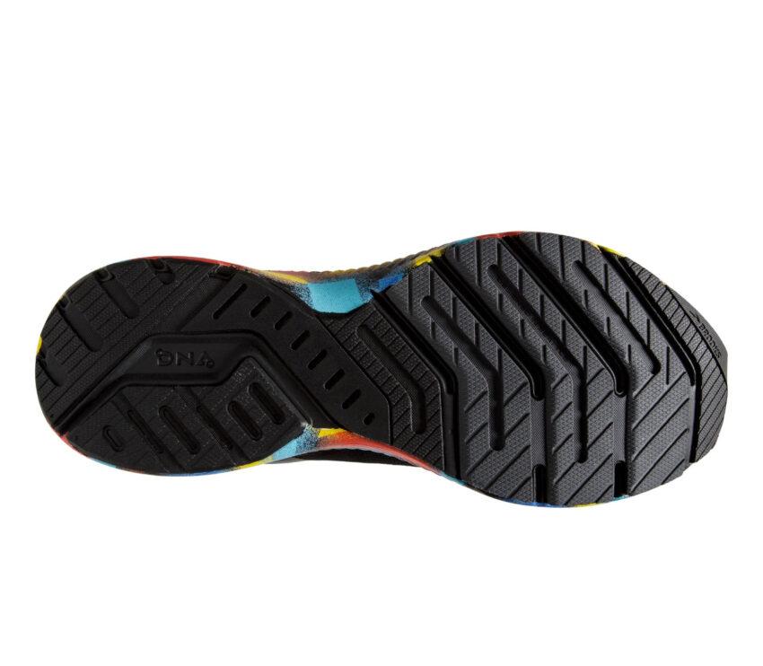 suola scarpa running uomo brooks launch 8 nera