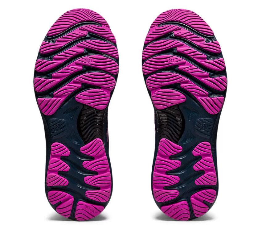 suola retro scarpe running asics gel nimbus 23 lite show nere e viola