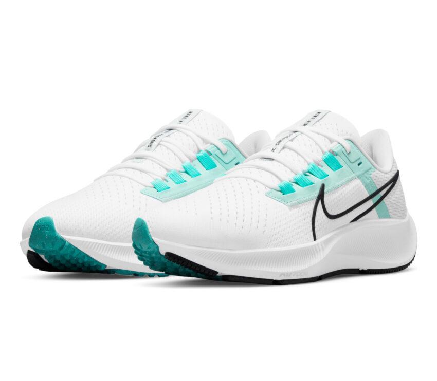 coppia scarpa running donna nike pegasus 38 bianca