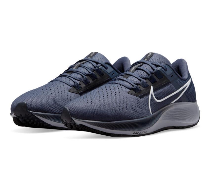 coppia scarpa neutra running uomo nike pegasus 38 blu
