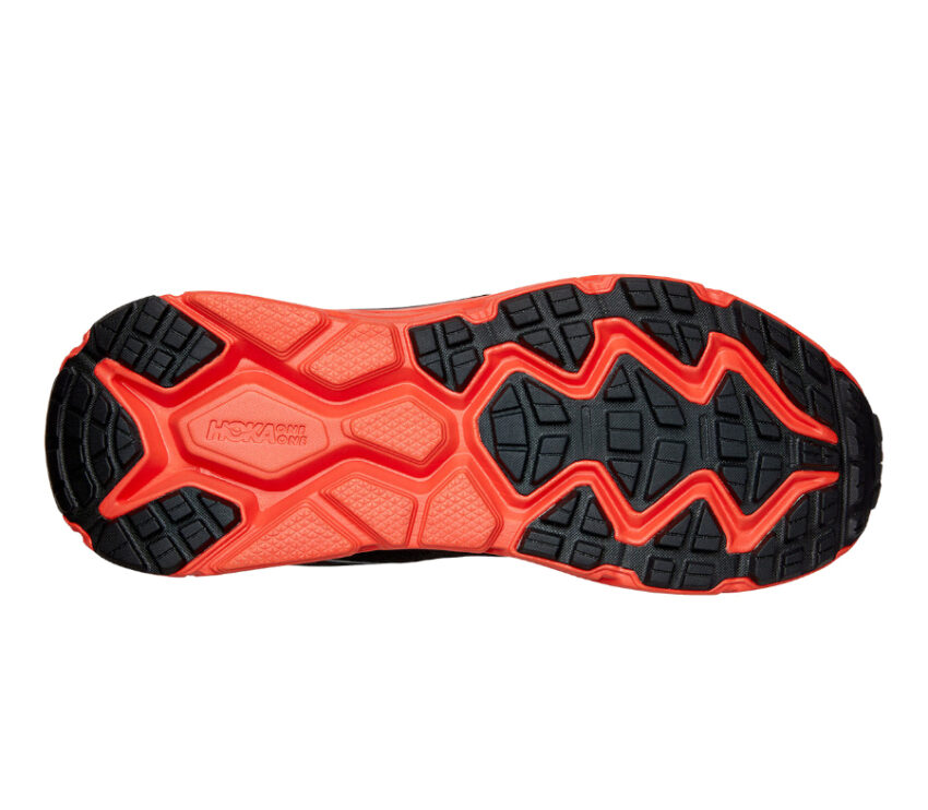 suola scarpa trail running uomo hoka challenger 6 atr goretex nera e rossa