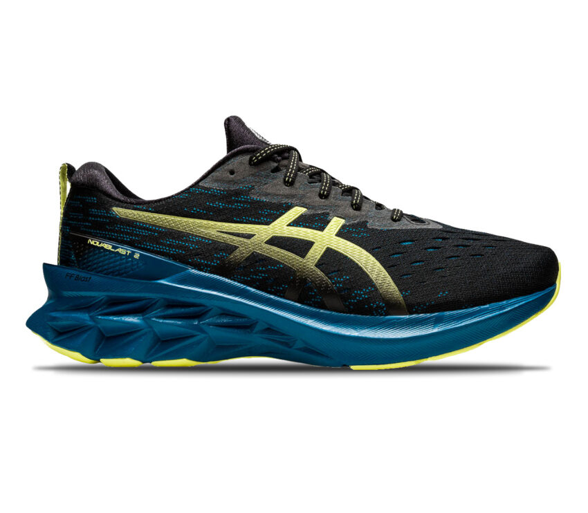 scarpa da running uomo asics novablast nera e blu
