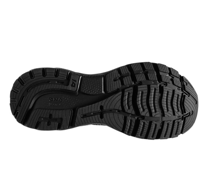 suola scarpa da running neutra pianta larga brooks ghost 14 nera