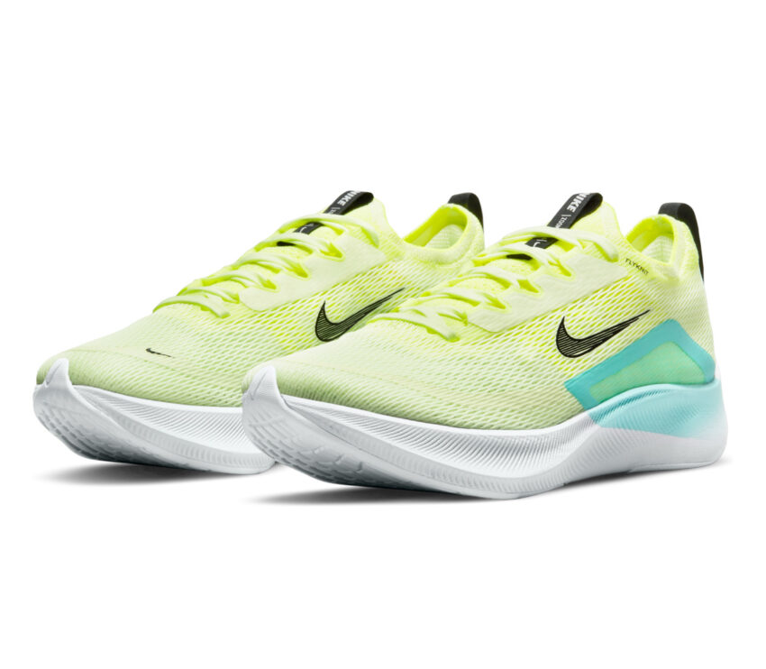 coppia scarpa running nike zoom fly 4 fluo donna